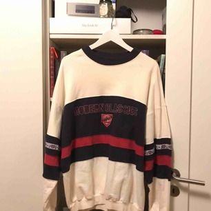 Vintage sweatshirt Oversized Vintage condition