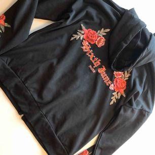 Snygg tröja hoodie från sixth June stl M använd 1 gång