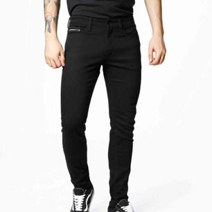 Calvin Klein jeans stay black! Nya använda 1 gång Calvin Klein jeans nypris ca 1500
