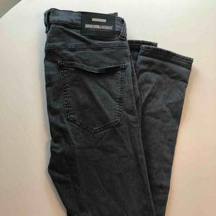 Dr denim nyskick jeans grå