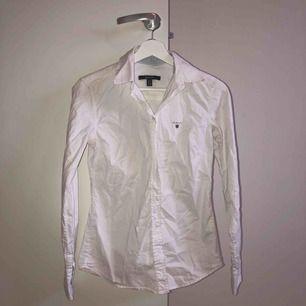 Gant skjorta i fint skick🤍
