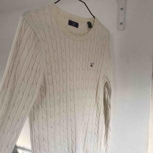 Gant ribbstickad tröja, mycket fint skick! Nypris 899kr!