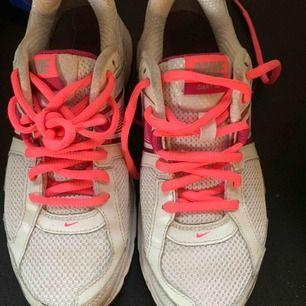 Nike använda inomhus
