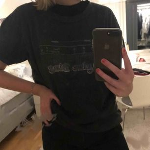 Oversized t-shirt från Gina-Tricot.
