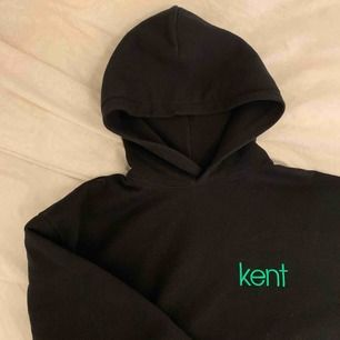 Kent hoodie, bra skick, sizetag borta men den är size s