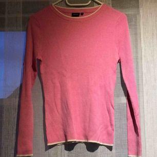Rosa tröja från Park Lane med vita detaljer. Aldrig använd. 💗🎀🌸