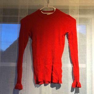 Röd tröja från Cubus. Använd.❣️🧨🍫