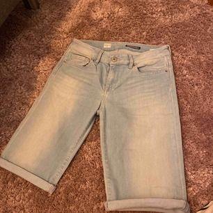 Shorts i dammodell, storlek 29