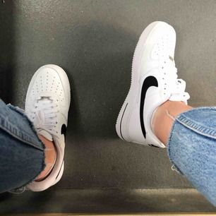 Nya Nike air force 1, storlek 41 men små i storleken