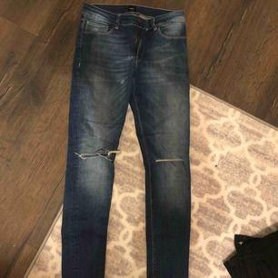 Asos jeans storlek W32.