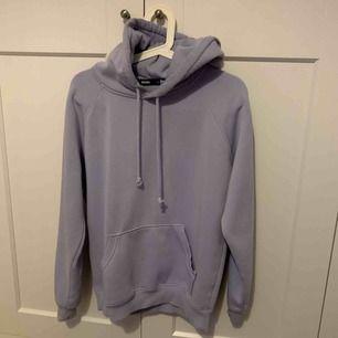 Säljer ljusblå hoodie från BikBok. Fint skick. Nypris 300kr (Kan fraktas)
