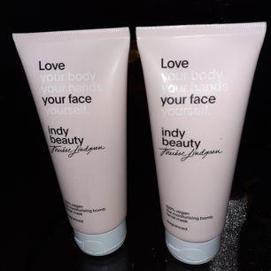 Säljer dessa ansikte mask nya Pris 60 st