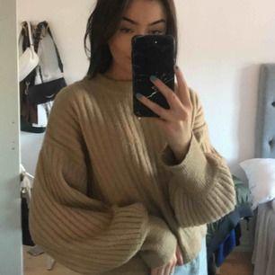 Superfin och gosig beige tröja från Gina! Frakten ingår💘