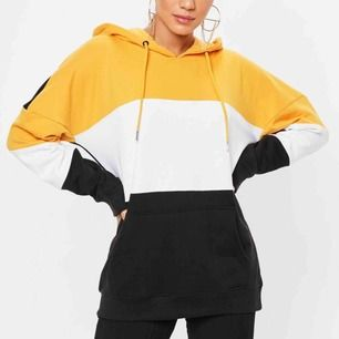 Oversized hoodie från missguided, kommer tyvärr inte till användning och är endast använd ett fåtal gånger. Nypris 240kr. Köparen står för frakten