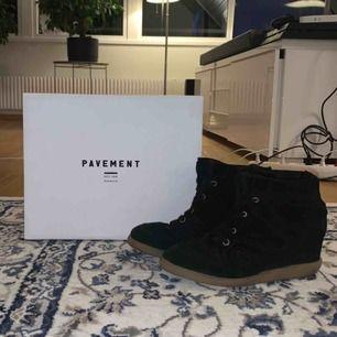 Säljer mina svarta pavement skor från raglady! storlek 39, Pris kan diskuteras💞💞