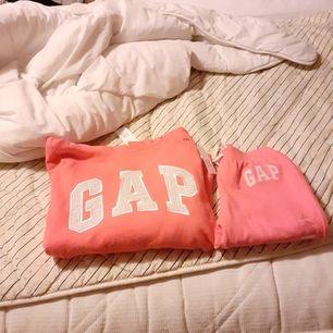 Säljer helt ny dress ifrån gap stolek xs pris lapp kvar