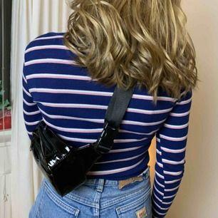 Långärmad tröja från H&M storlek Small! Köpare står själv för frakt!