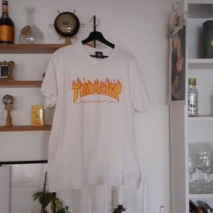 Fin t-shirt knappt använd! Köparen står för frakt