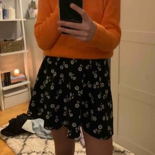 Söt kjol från bikbok! Köpare står för frakt