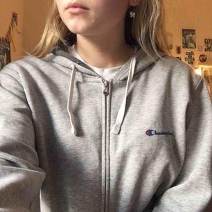 Champion hoodie! Köpt på second hand! Frakt tillkommer💕💖