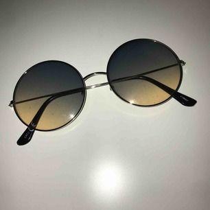 Brillor från glitter