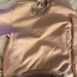 Mysig ljusrosa hoodie