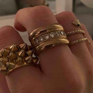 Super fin ring från Edblad! Super skick! Nypris runt 350.