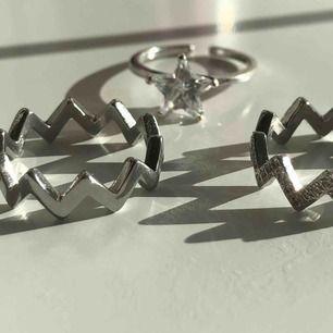 Säljer dessa ringar från Edblad⛓💛 11kr frakt tillkommer!!