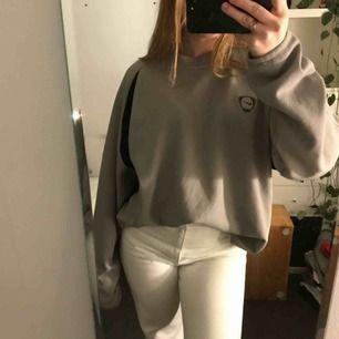 Nike sweater från Emmaus. Använd fåtal gånger.