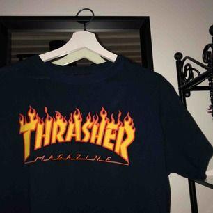 Super snygg t-shirt från thrasher🔥köpare står för frakten. Buda! 💕