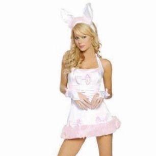 Kanindräkt (utklädad), bara testad, cirka storlek S, kaninöronen är inte lika bra som på bilden! (Från något asiatiskt land), köparen betalar för fraktkostnaden