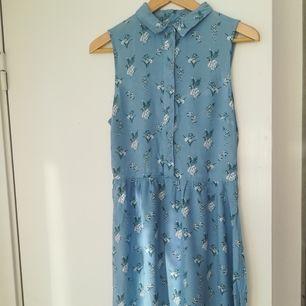 Fin klänning från h&m, storlek 42 /passar bra som M.