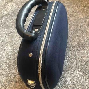 Handbagage. Som ny, använd 1 gång.