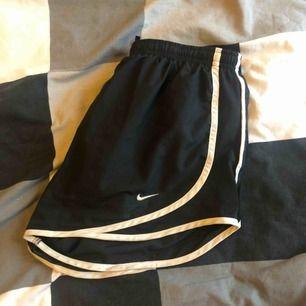 Bekväma nike-shorts. Fint skick.