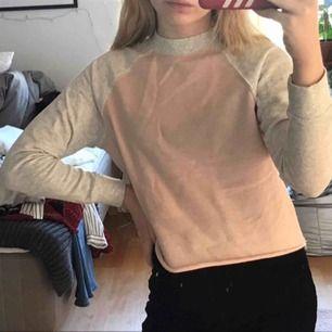 En basic tröja, i bra skick!