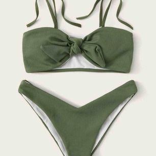 Grön bikini, oanvänd