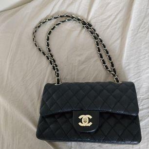 Chanel inspirerad väska, identisk som originalet. 💖 Superbra kvalitet.