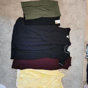 Säljer mina kläder för 10 kr st, men går såklart att köpa i paketpris, allt är i fint skick, passar bara inte mig/min stil längre :)