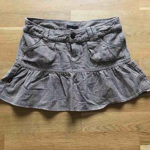 Vintage kjol strl s  Frakt tillkommer 🦋