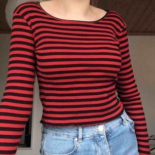 Randig tröja från Gina Tricot! Knappt använd💕☺️