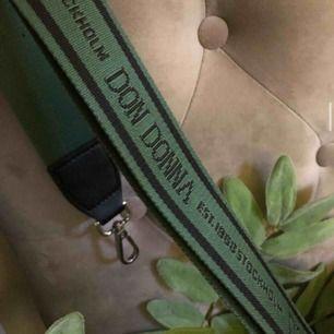 Väskband från don donna grön superfin!! 💚