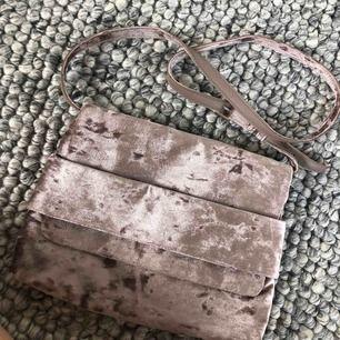 Väska från Carin Wester, knappt använd! Köpare står för frakt