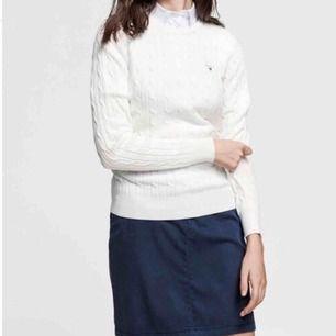 Gant ljusbeige stickad tröja, frakten betalas av köparen om vi inte kan ses i Stockholm ☺️ny:1200:-
