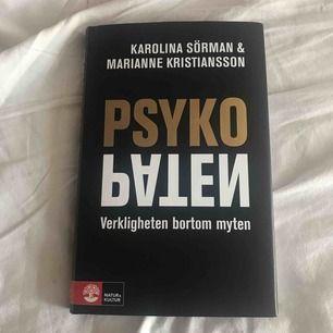 """Boken """"Psykopaten- Verkligheten bortom myten"""". Väldigt intressant! Nypris 299:- och den är i väldigt bra skick, så gott som ny. Säljs för 180:-"""