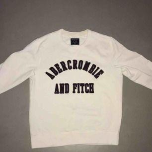 Abercrombie & Fitch Sweatshirt🤝  Aldrig använd, köpt för 999kr