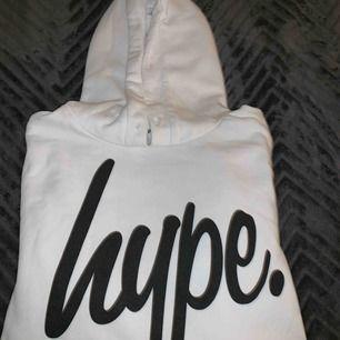 Vit Hype hoodie! I bra skick!