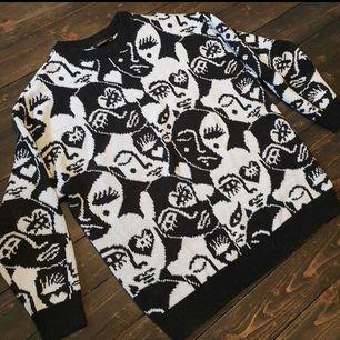 Söker denna tröjan från Monki i storlek XS/S/M till ett vettigt pris! Hör av dig ifall du har en du vill sälja! 🥰