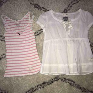 Toppar från Odd Molly i storlek 1! • rosarandigt linne - 75kr • vit blus - 150kr  Eller båda för 200kr