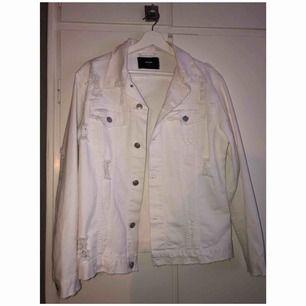 Jeans jacka storlek XS men stor i modell Aldrig använd