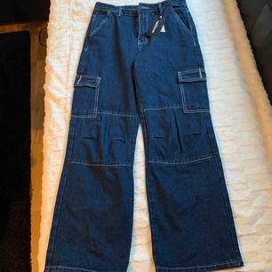 Wide leg blue cargo pant
